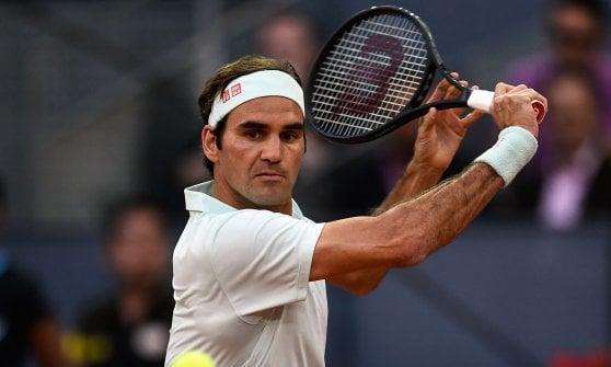 Tennis, Madrid: avanti Fognini, fuori Cecchinato. Bene Djokovic e Federer
