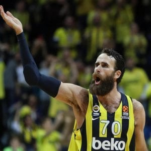 Basket, Eurolega: il Fenerbahce perde Datome, niente Final Four