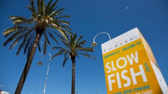 Slow Fish: la plastica è il nemico numero uno mari italiani
