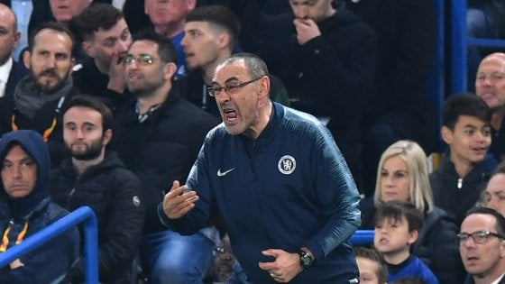 """Chelsea, Sarri: """"Per ora niente Italia, la Premier mi dà adrenalina"""""""