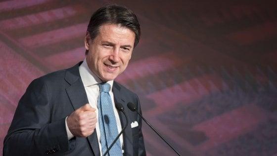 """Conte: """"Non comanda Salvini"""". Di Maio: """"La Lega non perda la testa. I ministri non sono pagati per lamentarsi"""""""
