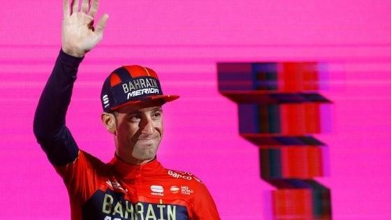 Ciclismo, Giro d'Italia al via: Roglic, Dumoulin e Yates da battere. L'Italia punta sul 'vecchio' Nibali