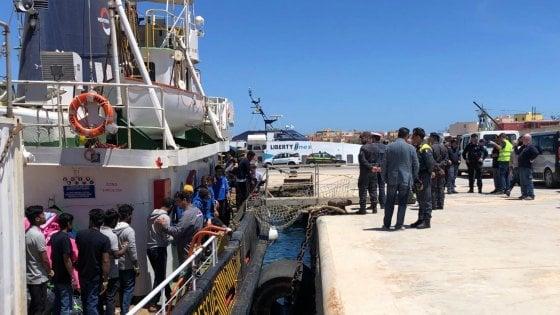 """Migranti, i pm di Agrigento: """"L'equipaggio della Mare Jonio non è indagato"""""""