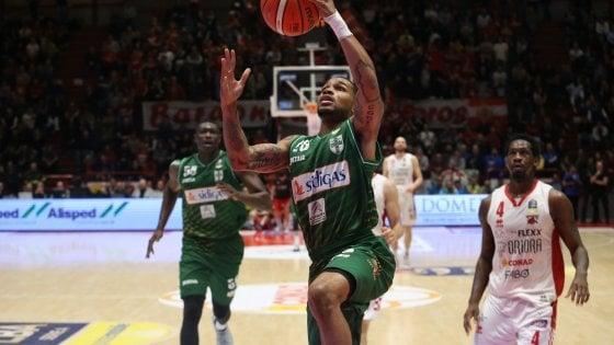 Basket, Serie A: Trieste, Trento e Avellino prendono l'ultimo treno per i play off