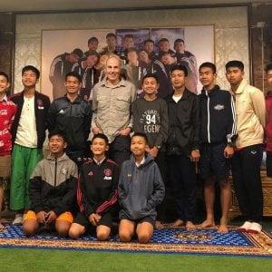"""Thailandia, salvò i 12 ragazzi intrappolati nella grotta: """"Non chiamateci eroi"""""""