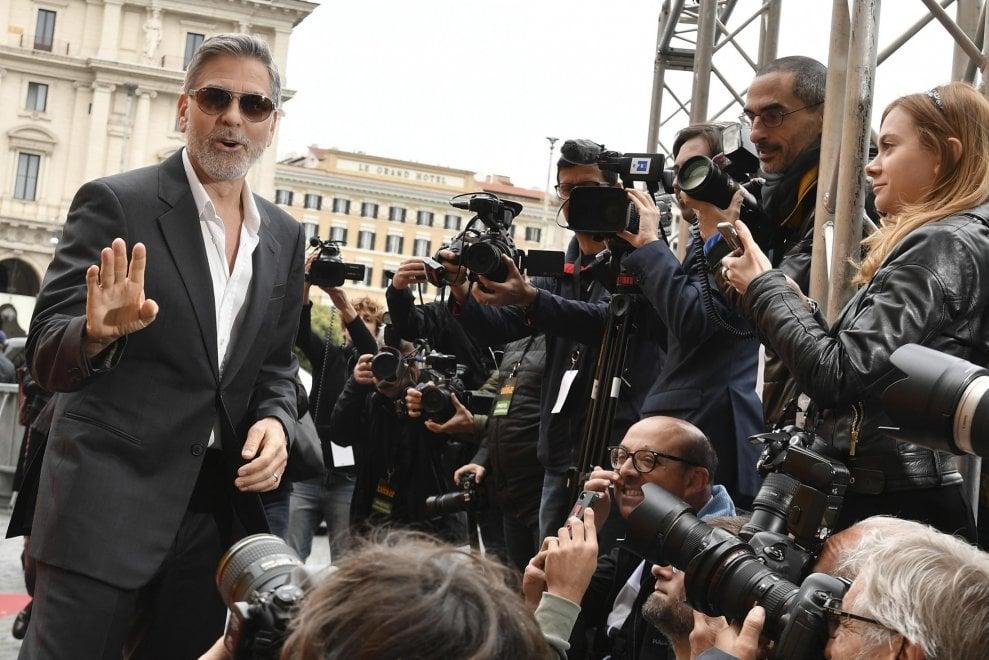 """George Clooney a Roma per 'Catch 22': """"L'Italia è la mia seconda casa"""""""