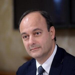 """Impronte digitali a scuola, i presidi scrivono a Mattarella: """"Una grave schedatura di massa"""""""