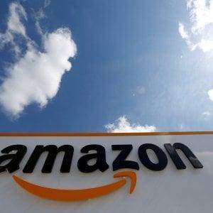 Amazon lancia il ritiro dei pacchi nelle tabaccherie e cartolerie
