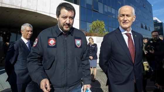 """Vicepremier leghista latitante dal ministero dell'Interno, Pd : """"Salvini furbetto del cartellino"""""""