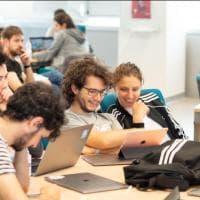 Apple, torna il bando per l'Academy: 400 posti per chi vuole sviluppare app