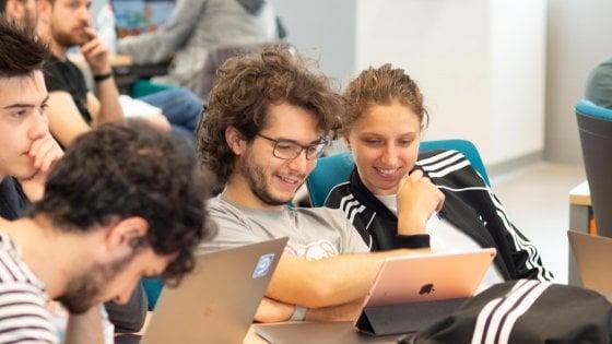 Apple |  torna il bando per l' Academy |  400 posti per chi vuole sviluppare app