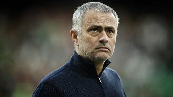 """Mourinho, frecciata al Manchester United: """"Il tempo è galantuomo, problemi tutti ancora lì"""""""