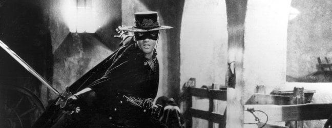 Antonio Banderas in La maschera di Zorro di Martin Campbell