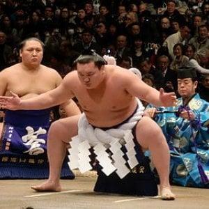 Così la leggenda del sumo Hakuho tradisce la Mongolia per il Giappone