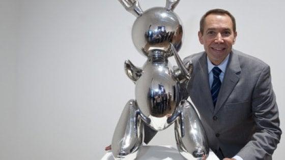"""Il """"coniglio"""" di Jeff Koons venduto a 91,1 milioni di dollari: è record per un artista vivente"""