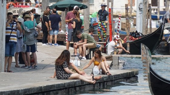 Venezia, Daspo a chi sporca