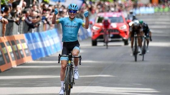 Ciclismo, Giro d'Italia: a L'Aquila acuto di Bilbao. Conti resta in maglia rosa