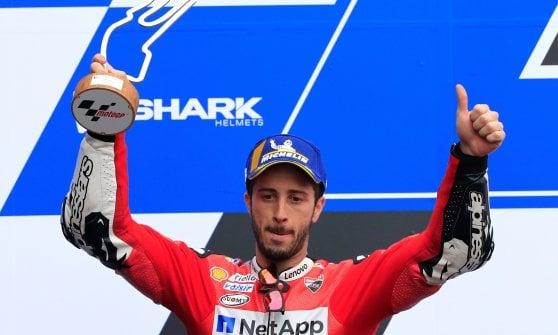 MotoGp, Gp Francia: Marquez domina, sul podio Dovizioso e Petrucci. Rossi è quinto