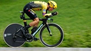 Giro d'Italia, Roglic vola a crono. Nibali bene, Conti tiene la rosa