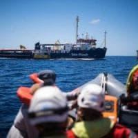 """Sea Watch,  l'ex procuratore di Torino Spataro: """"Scendiamo in piazza per i pm di..."""