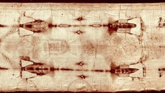 """Sindone, nuova analisi: """"Non ci sono prove che sia medievale"""""""