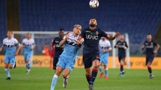 Bologna, gol e sorrisi: il 3-3 con la Lazio vale la salvezza matematica