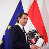 Austria, governo al collasso: via i ministri della destra populista