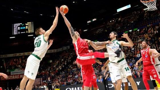 Basket, playoff serie A: Milano si riscatta contro Avellino, Sassari piega ancora Brindisi
