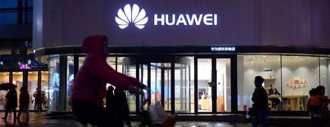 Borse in bilico sulla guerra tech Usa-CinaMercati in recupero dopo lo stop al bando