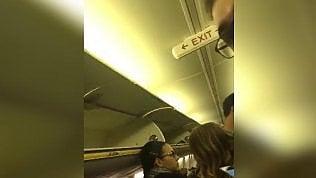 Sbaglia aereo e si ritrova a Bari:ira del passeggero su volo Ryanair
