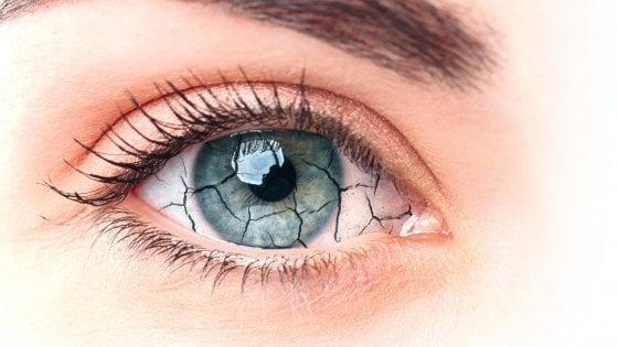 Occhio secco, casi in aumento anche  acausa dell'inquinamento