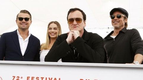 """Cannes, febbre Quentin Tarantino: """"Manson affascina perché non lo capiamo. Polanski? Era il più 'hot'"""" Il trailer"""