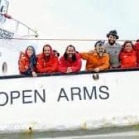 """Open Arms: """"Nessuna prova di complicità con i trafficanti per portare i migranti in..."""