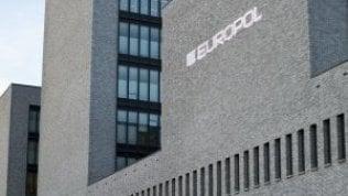Europol, sequestro 1.600 auto in 6 paesi Ue: 40 indagati e 10 arresti