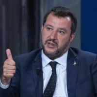 """Salvini: """"Reato di abuso d'ufficio blocca l'Italia"""". Poi frena. Di Maio: """"Meno stronzate...."""