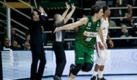 Sassari in semifinale, Milano cade ad Avellino e ora rischia