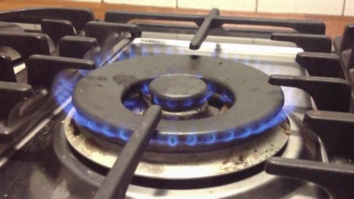 Risparmiare su luce e gas: arrivano i tutor dell'energia per insegnare i trucchi ai consumatori