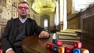 La sfida dei latinisti di Bergoglio: così traducono i tweet del Papa