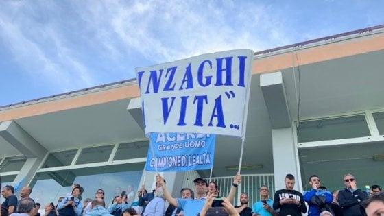 """Lazio, i tifosi in festa invocano Inzaghi. Lotito: """"Rimane"""""""