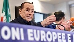 Europee, per la commissione antimafia sono cinque i candidati impresentabili: tra loro Berlusconi e Tatarella