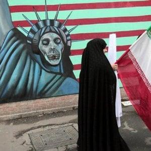 Iran, i medici contro le 'ingiuste' sanzioni imposte dagli USA che bloccano le cure alla popolazione