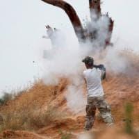 Libia, raid aereo di Haftar sull'hotel di Tripoli in cui si riuniscono i deputati