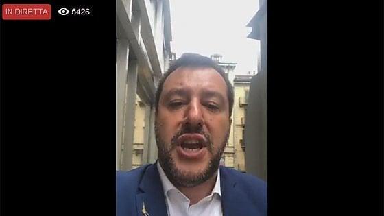 Europee, la campagna Fb di Salvini punta su post anti-migranti indirizzati ai minorenni