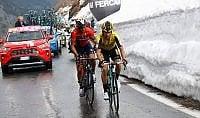 Zakarin vola in alta quota  Nibali vs Roglic: parità