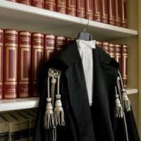 """La rivolta dei magistrati onorari: """"Noi, pagati appena 9 euro all'ora"""""""