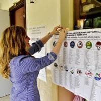 Italia al voto: 51 milioni alle urne. Affluenza in crescita in tutta Europa. Exit poll in...