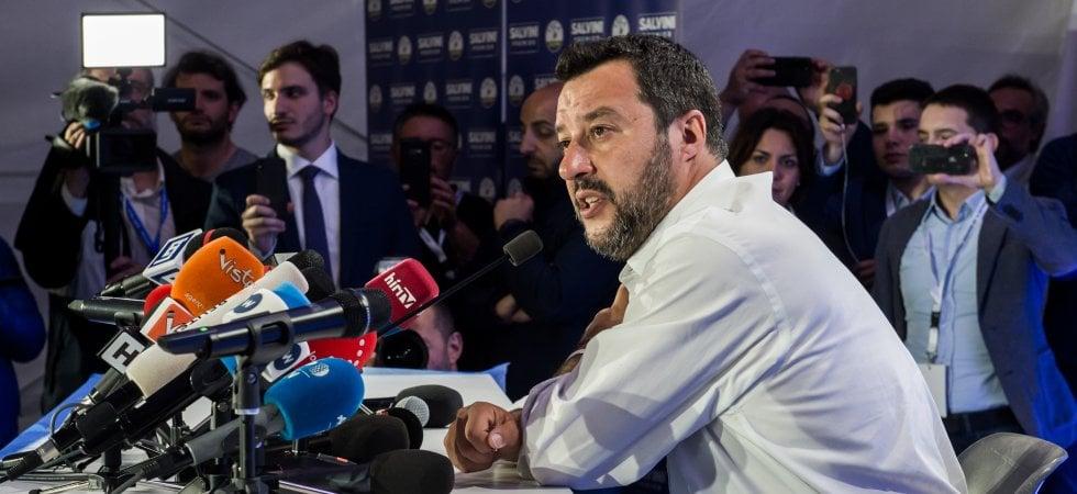 """Salvini ringrazia: """"Siamo primi. Non ci sarà crisi in Italia"""". Zingaretti (Pd): governo..."""