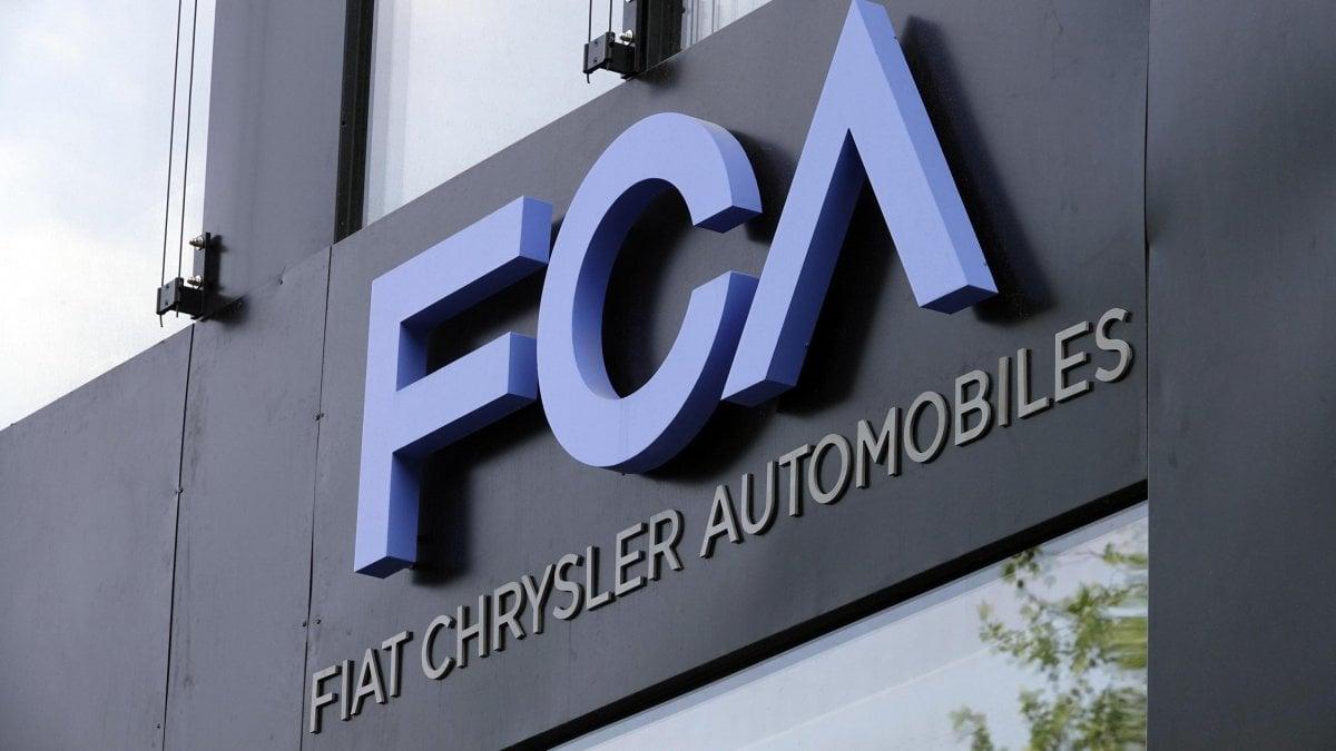 """Fca annuncia: presentata proposta per fusione con Renault. Elkann: """"Nessuna chiusura di stabilimenti"""""""