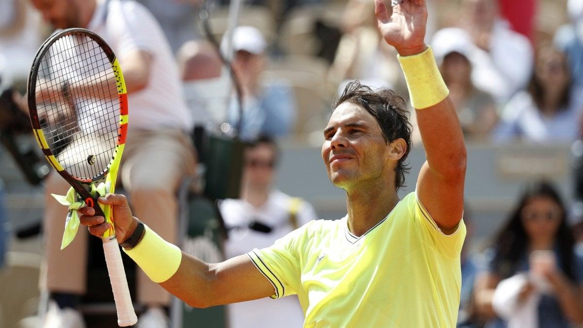 Tennis, Roland Garros: esordio senza problemi per Nadal