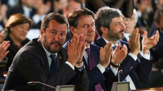 """Governo, Conte: """"Ripartire con chiarezza e determinazione"""". Colloquio con Mattarella e incontro con Salvini"""